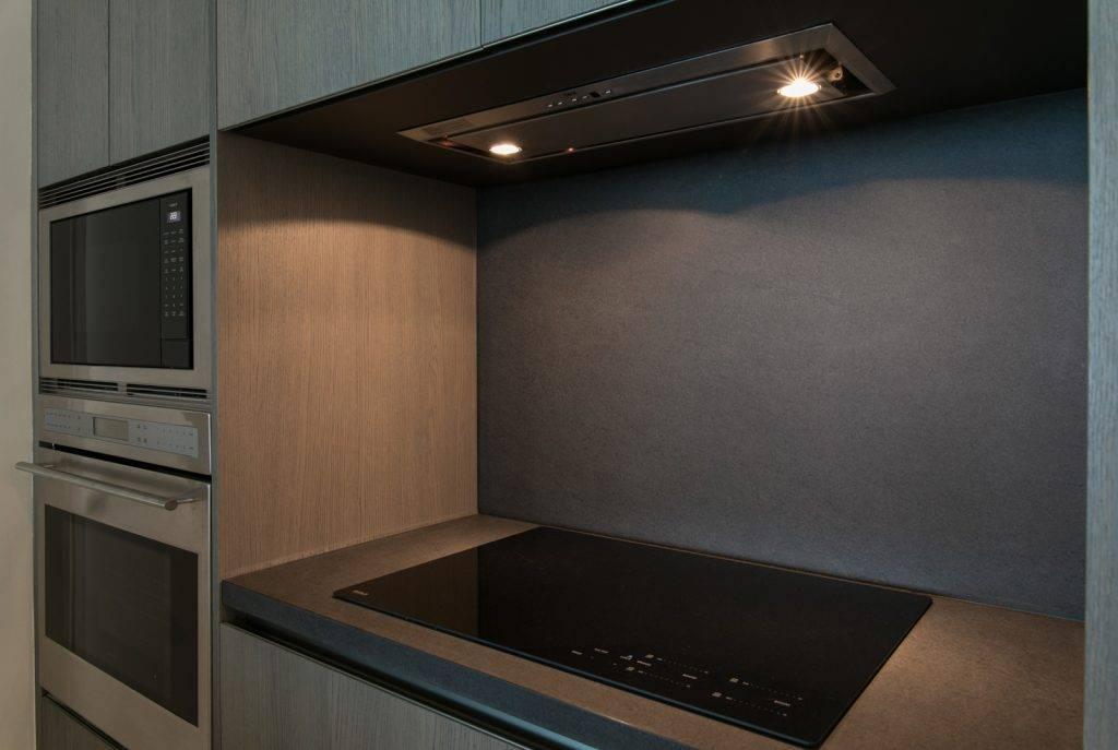 Basaltina101 3 Cooking Top Backsplash 1024x687, Primestones® Granite, Quartz, Marble