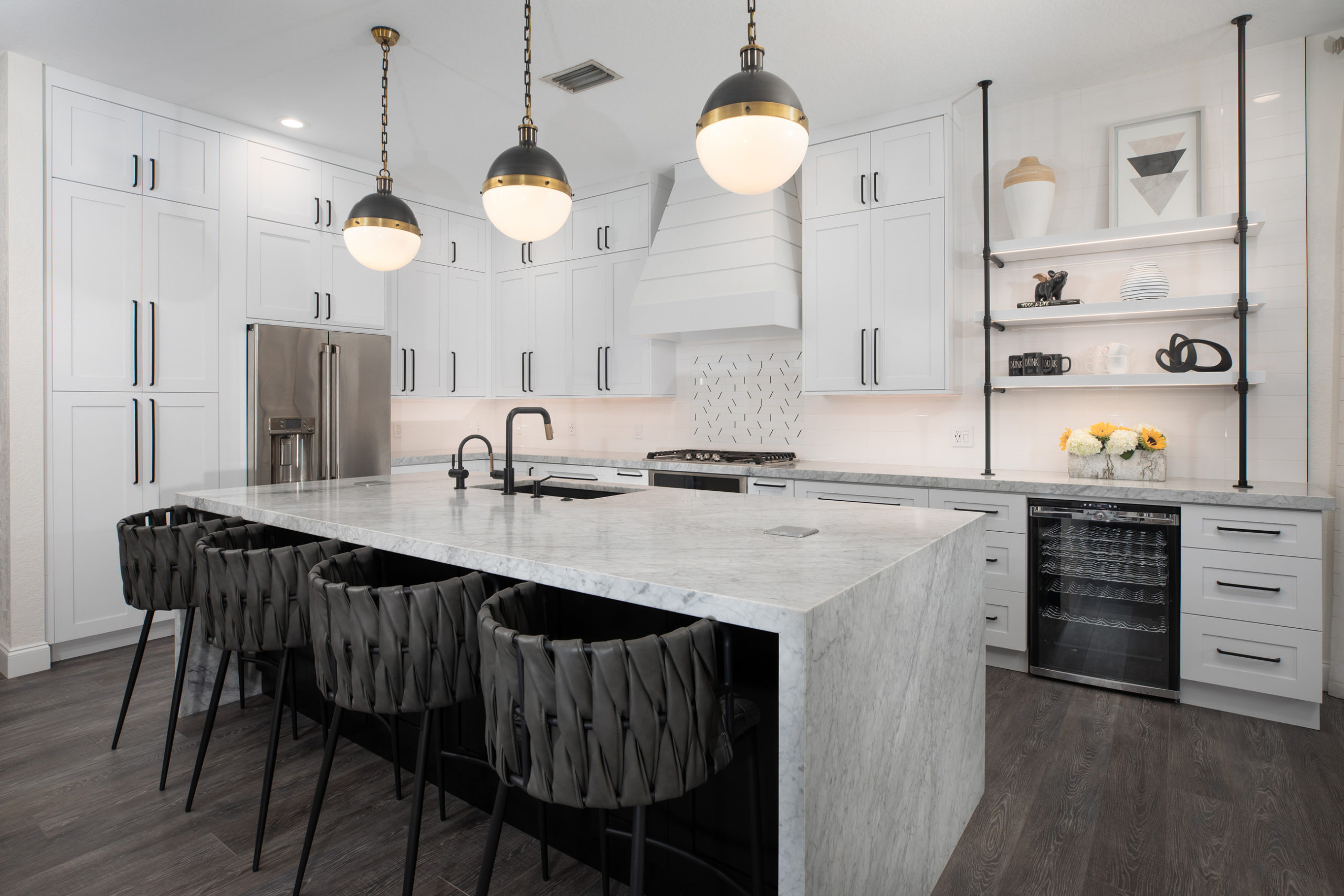 Honed Paragraph Kitchen Scaled, Primestones® Granite, Quartz, Marble